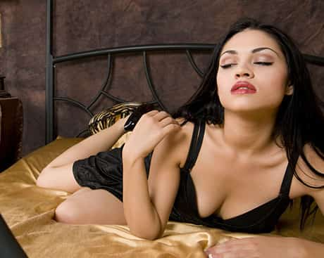 Escorts in Country Club Lahore