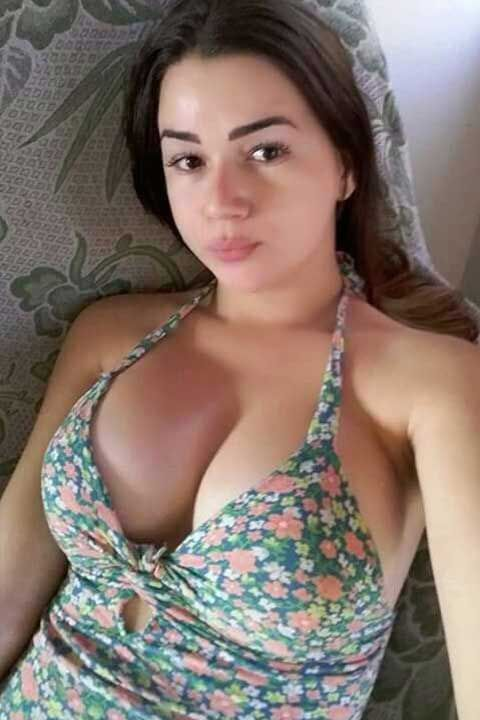 sexy call girls in Park Lane Hotel Lahore