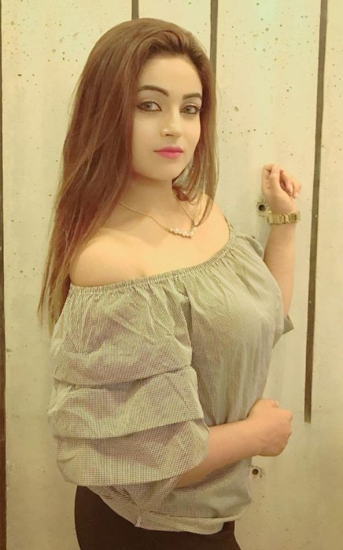 top Call Girls in Indigo Heights Hotel Lahore