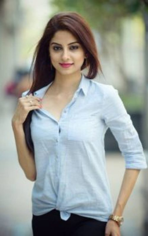 call girl in Rose Palace Hotel Lahore